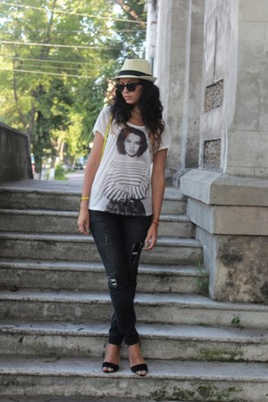 gold Zara bag - charcoal gray Bershka jeans - white H&M blouse - Zara sandals