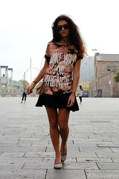 peach Bershka blouse - cream Stradivarius bag - black H&M skirt