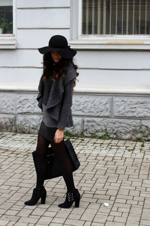 black asos boots - black H&M hat - black Zara bag - gray Paprika cardigan