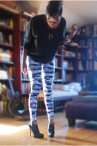 American Apparel shirt - American Apparel leggings - Colin Stuart shoes - Talona