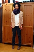 H&M scarf - thrifted sweater - FOTL t-shirt - Refuge jeans - Nine West shoes