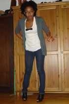 f21 sweater - shirt - Bakers shoes