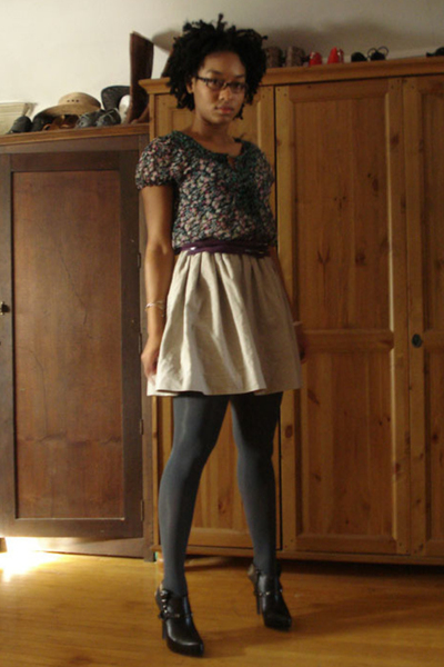 f21 shirt - f21 belt - handmade skirt - Target tights - Colin Stuart shoes