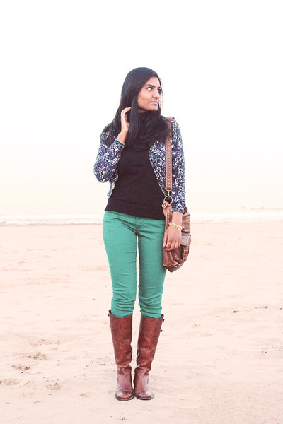 brown Vince Camuto boots - green Target jeans - turtleneck Old Navy top