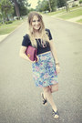 Black-crop-top-mink-pink-top-sky-blue-floral-vintage-skirt