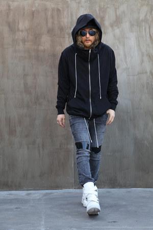 black Hoodie top - Jeans pants