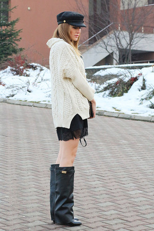 Choies boots - Choies dress - Choies hat - Romwecom sweater