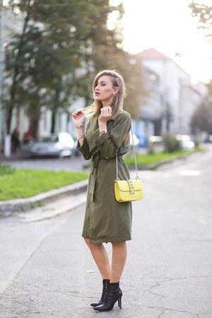 Choies boots - Valentino bag