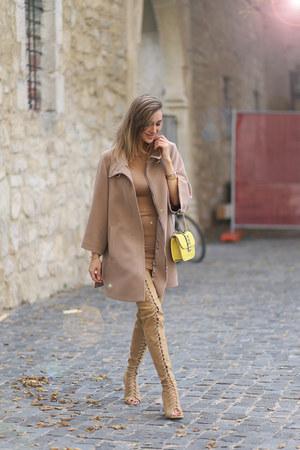 Choies boots - Roberta Biagi coat - Valentino bag
