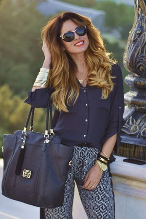 gold Bershka bracelet - navy H&M shirt - black Guess purse