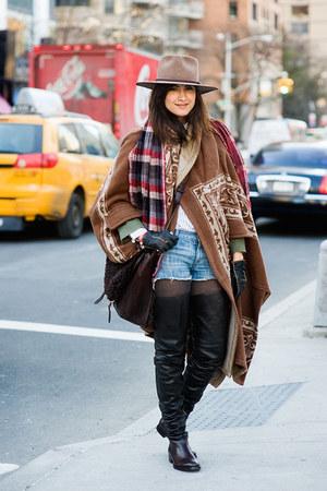 black boots - tawny flannel coat - camel cowboy hat