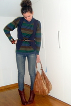 blue vintage sweater - brown Zara belt - blue BERSKA jeans - brown bag hm access