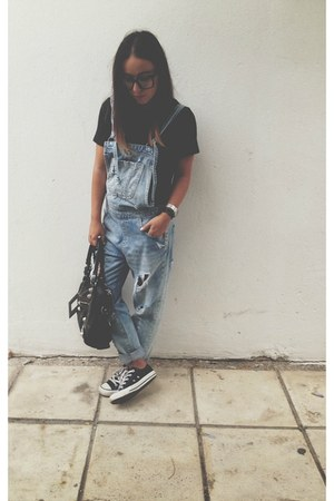 black balenciaga bag - blue Zara jeans - black Converse sneakers
