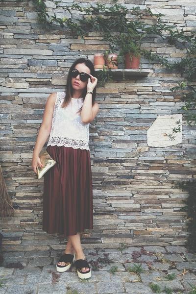 crimson Zara skirt - gold Zara Home bag - black Celine sunglasses
