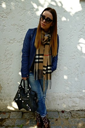 light brown Burberry scarf - blue DSquared jacket - navy Massimo Dutti jacket