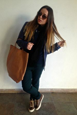 navy Massimo Dutti jacket - black Ralph Lauren scarf