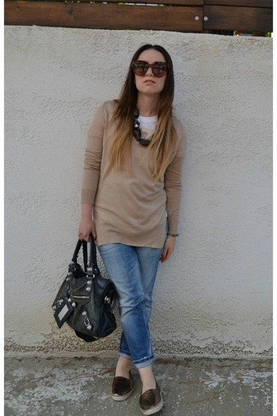 brown Celine sunglasses - blue DSquared jeans - light brown Zara sweater