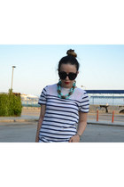 black Celine sunglasses - navy Zara top