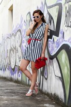 red Vangle bag - white sarenza shoes - black Fornarina dress