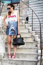 red Converse shoes - black balenciaga bag - sky blue H&M t-shirt