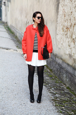 carrot orange Girissima coat - black Aniye By t-shirt - white Aniye By skirt