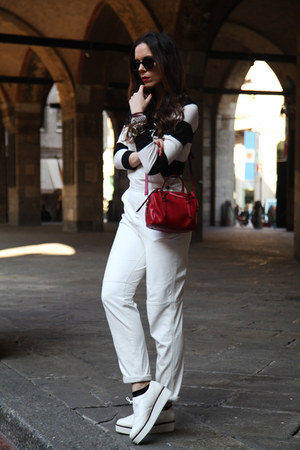 white Aldo shoes - red Coccinelle bag - white milly suit