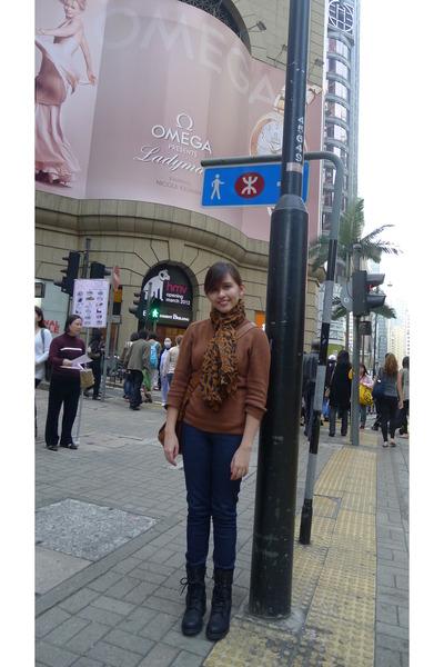 Mango jeans - Zara boots - Zara sweater - leopard print random brand scarf
