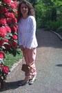 Camel-beige-gucci-bag-bubble-gum-pink-prada-pants