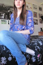 purple H&M blouse - blue delias jeans - black shoes