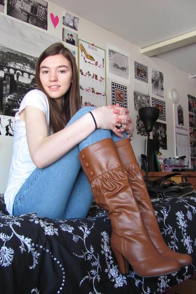 brown wild diva boots