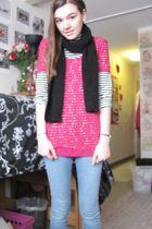 pink Target shirt - Target shirt - blue delias jeans - black scarf - black boots