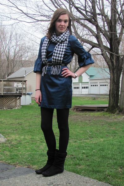 black Report boots - blue Forever 21 dress
