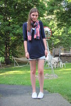 blue Target top - white shoes - blue shorts - red unknown scarf