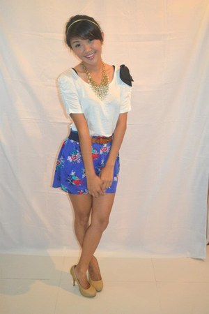 deep purple with belt Forever 21 shorts - white with ribbon Forever 21 blouse