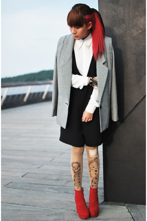 red shoes Dolce Vita boots