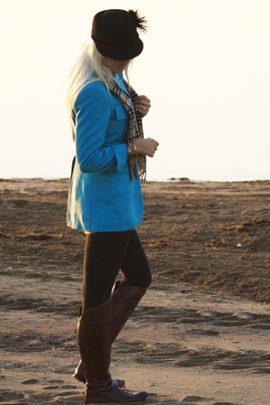 teal riding Jensen coat - dark brown riding Italian Leather boots