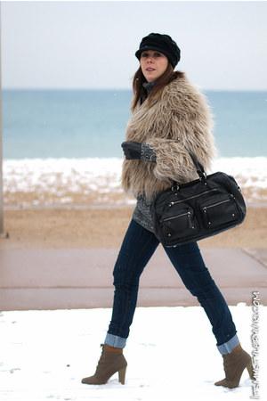 tan Zara coat - black Zara bag