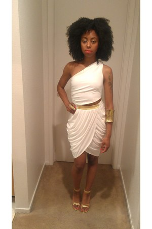 white gold Bebe dress - gold unknown brand heels - gold Bakers ring