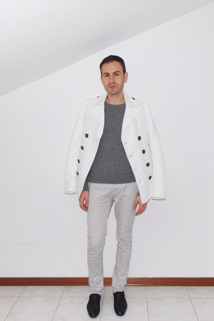 white Dsquared2 coat - off white River Island jeans - charcoal gray Zara sweater