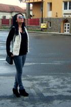 heather gray skinny H&M jeans - ivory faux-fur Pimkie vest