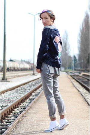 navy pull&bear jacket - silver H&M sweater - white H&M sneakers