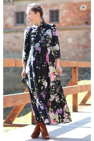 black Zara dress