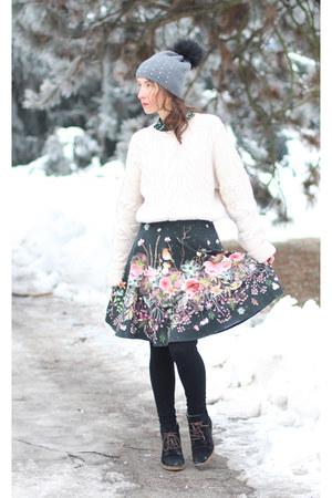 black Boudoir skirt - white H&M sweater