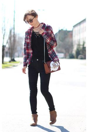 black H&M top - black H&M jeans - dark brown Zara bag