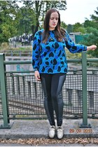 vintage sweater - H&M leggings - house necklace - Pretty Little Thing flats
