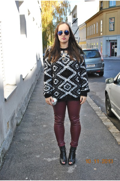 Gate sweater - Primark boots - Zara bag - zeroUV sunglasses - H&M necklace