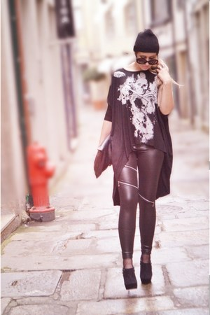 black MAD HANDS leggings - black emporio armani sunglasses