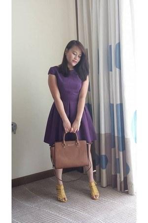 purple Dorothy Perkins dress - tan Michael Kors bag