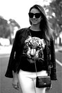 Tiger-black-romwe-shirt-chanel-bag