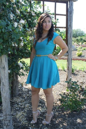 teal The Stylish closet dress - nude Charlotte Russe heels - gold asos belt